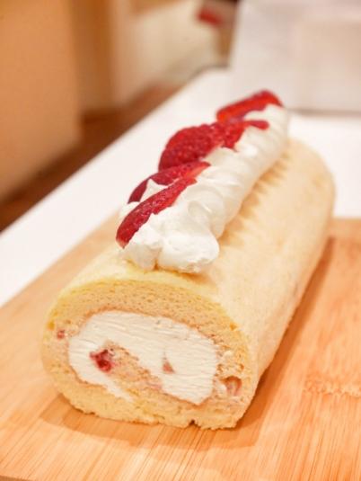 Strawberry Chiffon Roll