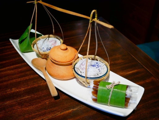Trat Signature Dessert Platter Betel Leaf Wrapped with Herbal Condiments and Shrimp in Sweet Clear Sauce ฿350